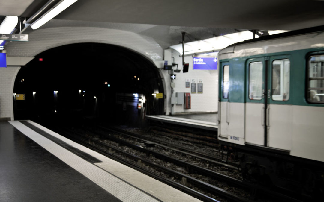 The RATP, the parisian company of public transportation chose the NAVIGUEO+HIFI for its train and subway stations.